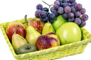 Uva, pere e succo di mele come rimedio per la colica biliare