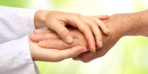 I professionisti della riabilitazione possono intervenire sui processi di tensione causati dalla deformazione del dito a martello